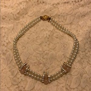 ESTATE Jewelry Beautiful Simulated Pearl Choker